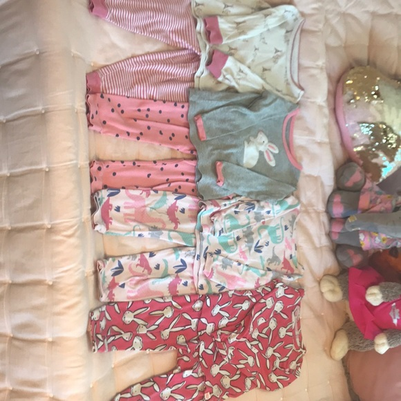 GAP Other - 4 pairs of size 2T long sleeve girls two piece PJs